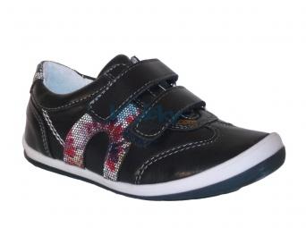 Zvětšit Kornecki 4689, 01 dětská celoroční obuv